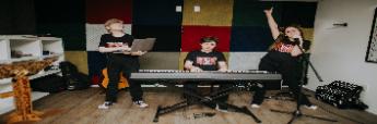 Talleres de iniciación y creación musical para niños/as y jóvenes