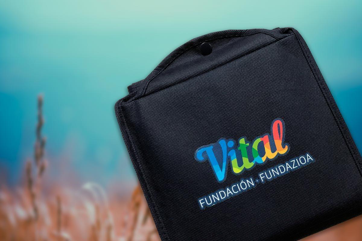 Reduce tu consumo de plástico con la bolsa de tela gratis de Fundación Vital Fundazioa